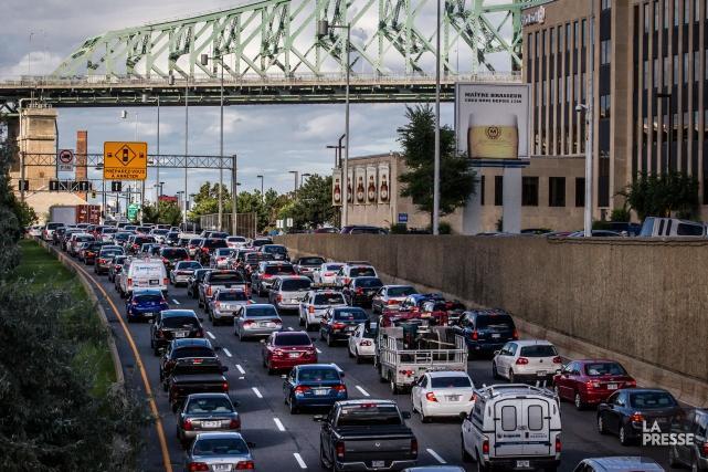 Congestion routière: «La solution, c'est le transport collectif», dit Poëti | Bruno Bisson | Montréal