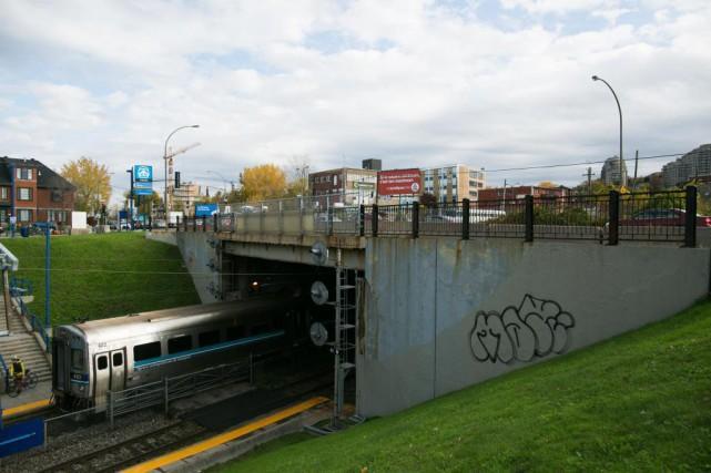 Train à grande fréquence de VIA Rail: Québec et Ottawa exhortés à imposer une coexistence avec le REM