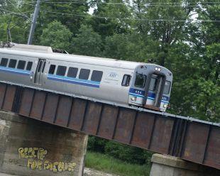 Train dans l'est: l'espoir renaît à Laval - Actualités - Courrier Laval