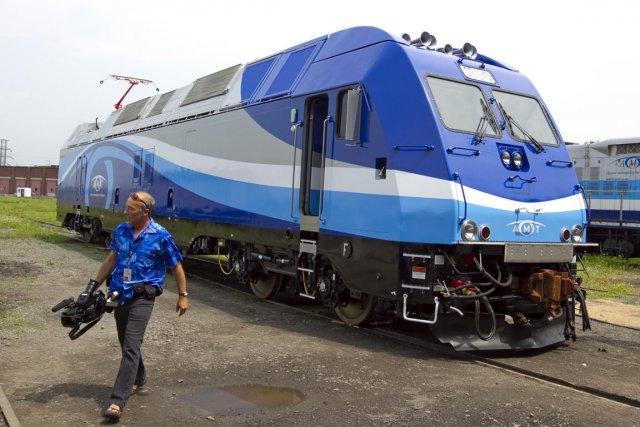 Locomotives bimodes de l'AMT: frais de douane de 23 millions | Bruno Bisson et André Noël | Montréal